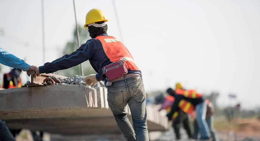 a look at workers attitudes towards safety in the construction field